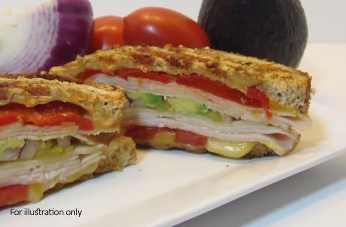 Wraps, Sandwiches & Rolls - Smoked Turkey Sandwich