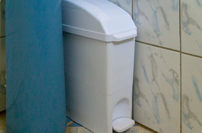 Sanitary paddle bins