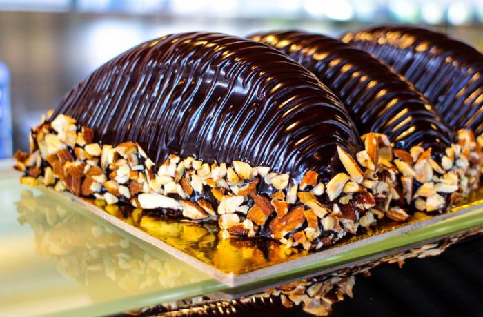 Treats to Delight - Chocolate Desserts