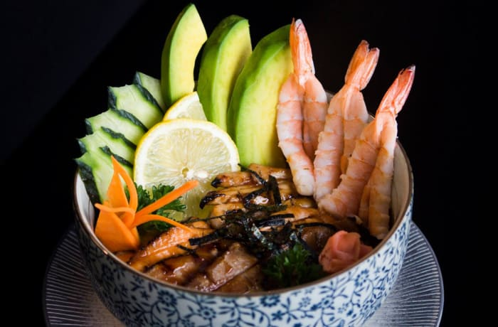 Seafoods - Prawns, Avocado, Cucumber with Lemon