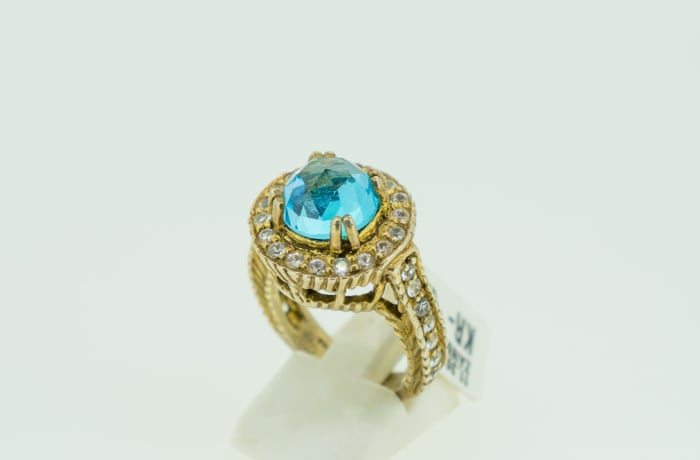 Silver, rose gold plated with blue topaz swarovski crystal ring