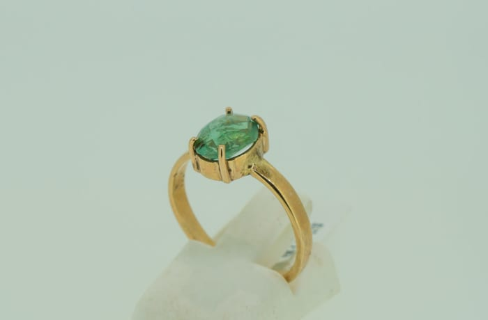 Engagement yellow gold 9k with oval solitaire emerald ring