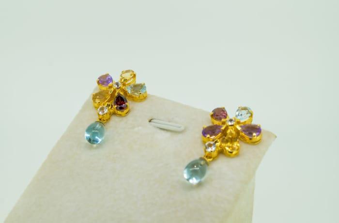 Yellow gold 18k, white sapphire, amethyst , rdodolite and citrine earrings