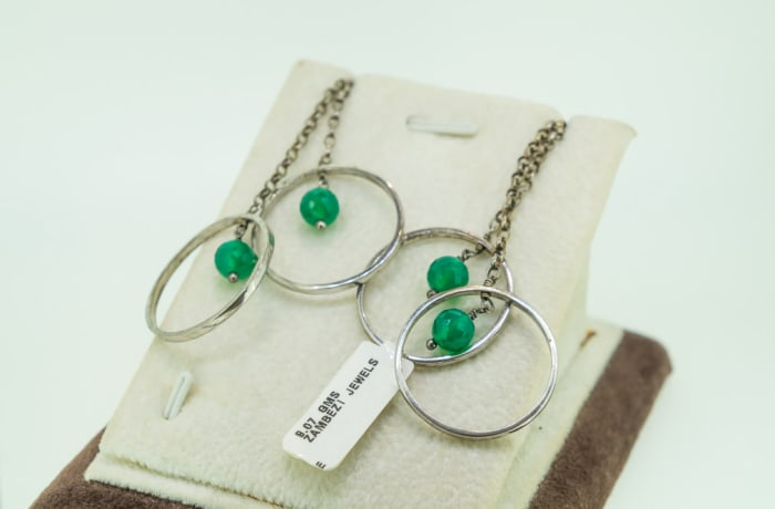 Emerald earrings on silver rings