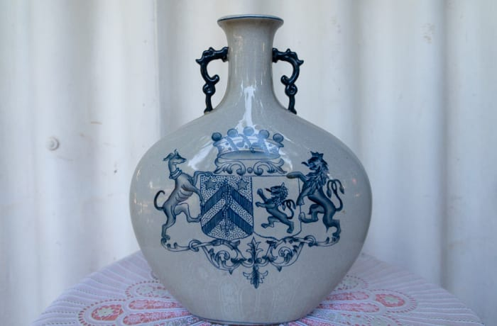 Fine White Porcelain Vase with Blue Coat of Arms