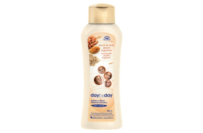 Day by Day Moisturizing Lotion Cocoa butter, Sesame and Glycerine