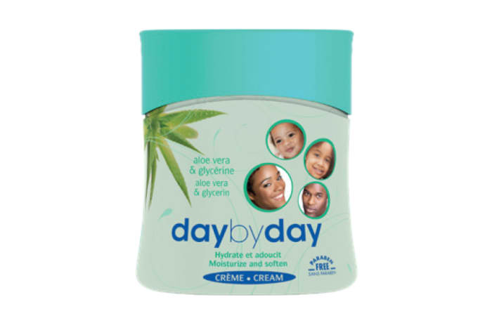 Day by Day Moisturizing Cream Aloe Vera & Glycerine