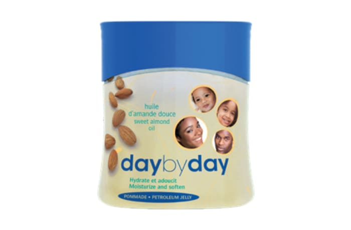 Day by Day Moisturizing Balm with Sweet Almond and Glycerine