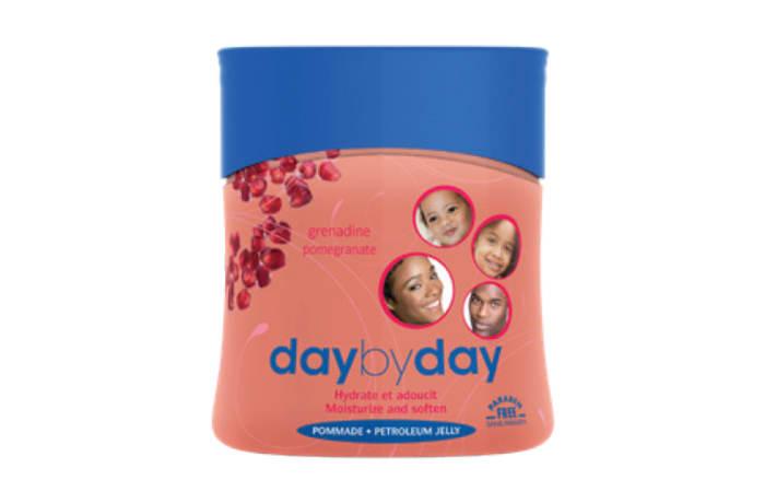 Day by Day Moisturizing Balm with Sweet Almond & Glycerine