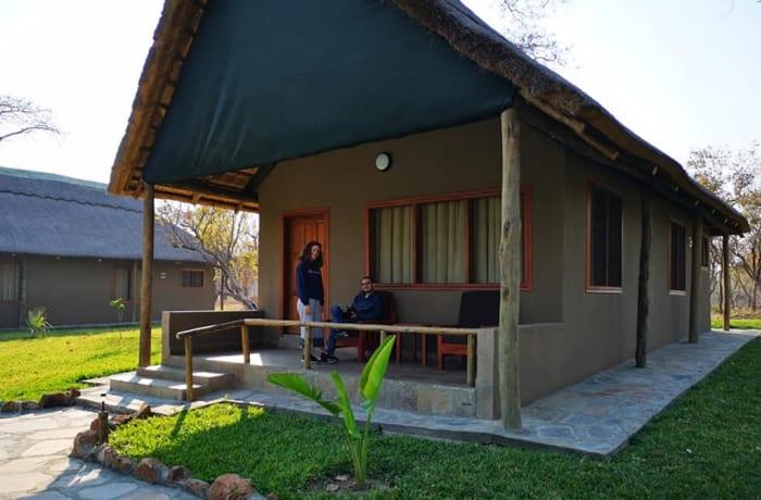 Old Palm Tree Safaris Lodge