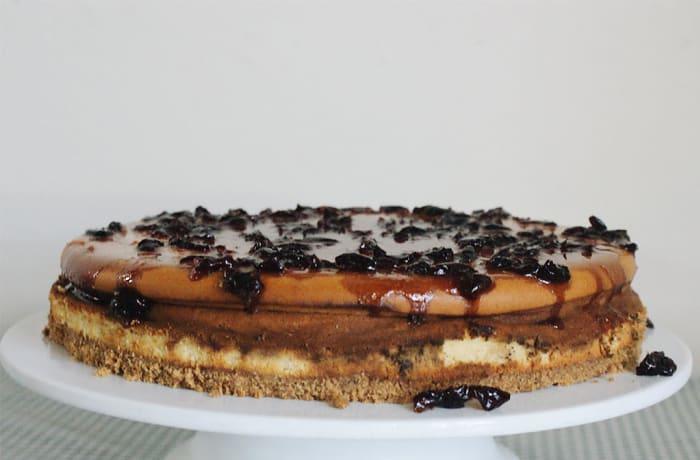 Vanilla Cheesecake with Black Cherry