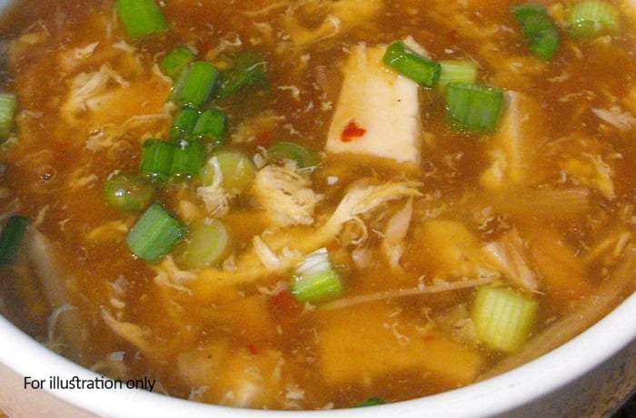 Chinese Cuisine - Brown Garlic Hot & Sour Chicken Soup