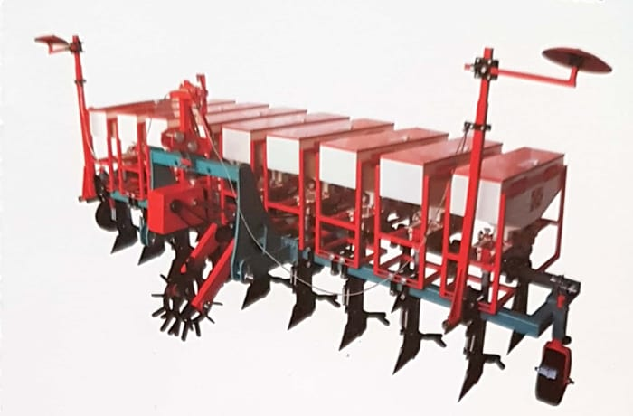 GrowMore Automatic Seed cum Fertilizer planter