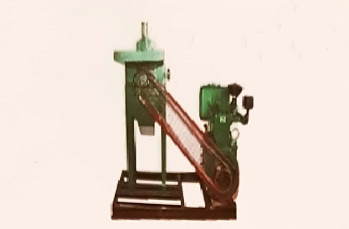 Hammer Mill with Diesel Engine