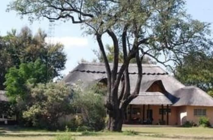 5 Bedroom Guest House For Sale in out of town, Livingstone, Southern
