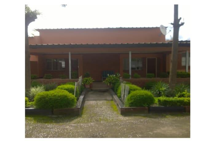 14 Bedroom House For Sale in Kalundu