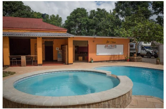 1,000m² Bed & Breakfast For Sale in Livingstone