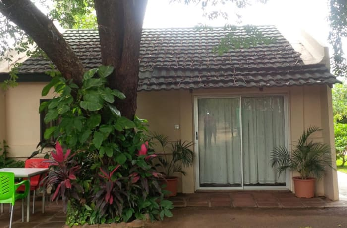 1m² Guesthouse For Sale in Hospital Area