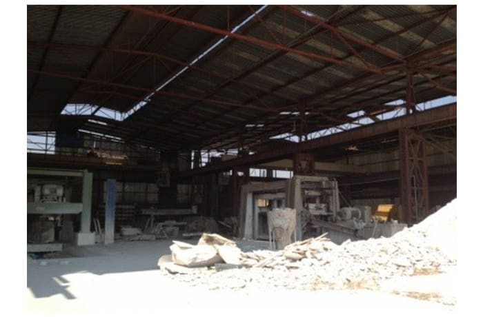 2,000m² Factory For Sale in Heavy Industrial Area
