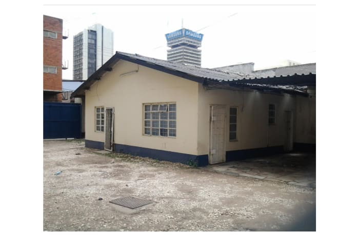327m² Office For Sale in CBD