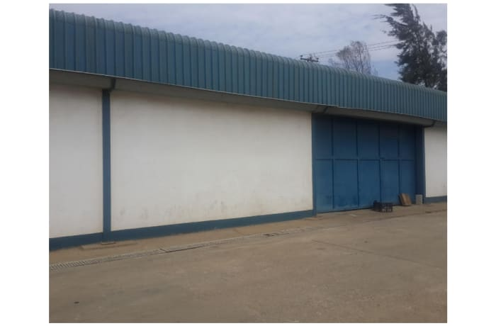 500m² Warehouse For Sale in Makeni