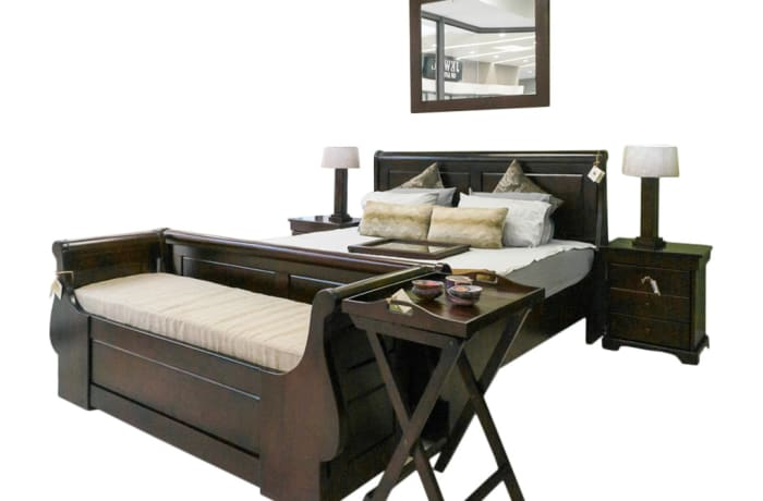 King  Sized solid teak classic Sleigh bed - Complete Set
