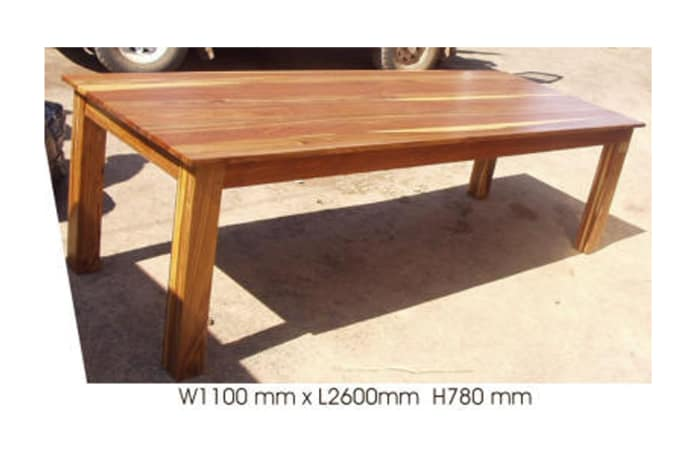 Dining table 10-seater solid