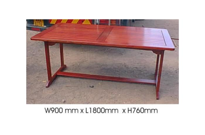 Dining table Slatted 6-seater