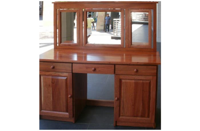 Real Women's dressing table, solid teak