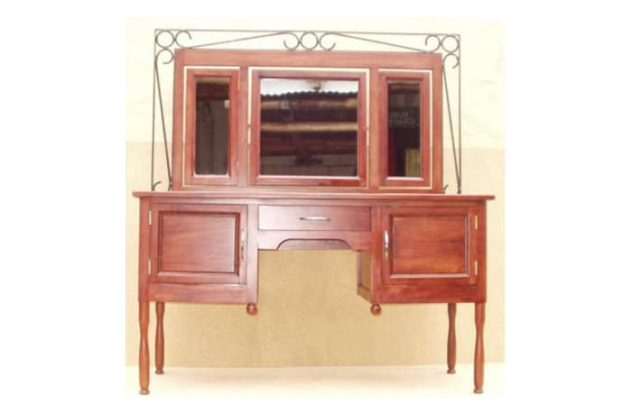 Dressing table Large with steel trim