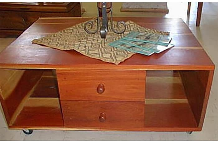 Large Coffee table Double sided on wheels