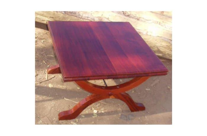 River Club Colonial Coffee table