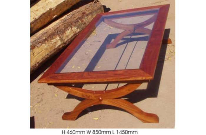 Colonial legs side Coffee table