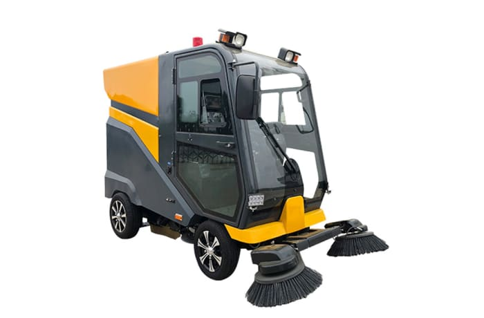 C210 Ride on Road Sweeper