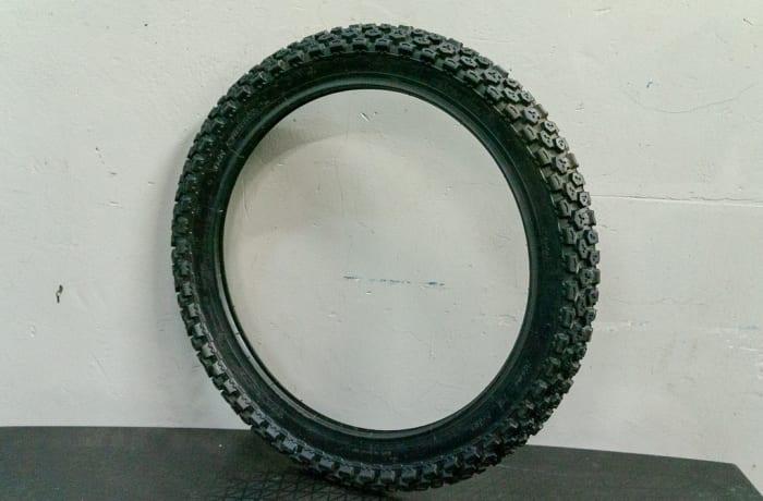 Suzuki TF125 - DR200 Motorbike - Front Tyre size 300x21