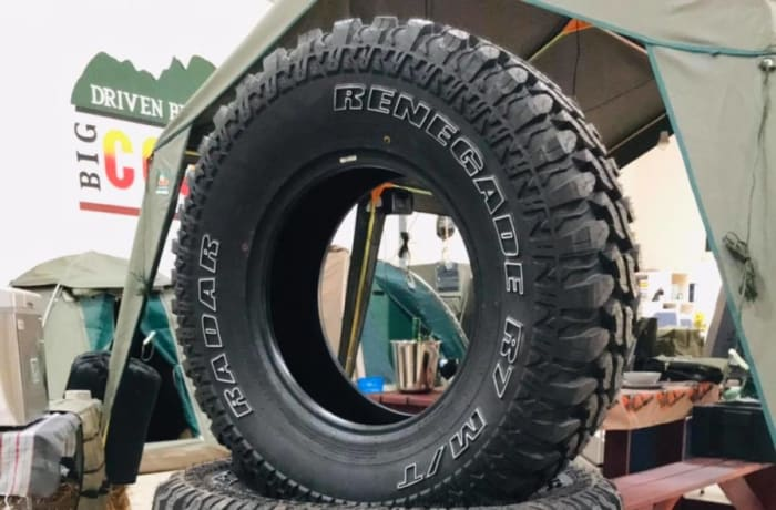 Top quality off-road tires available from Mudpackers image