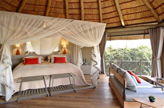 Luangwa Luxury - Remote Luxury Lion Camp