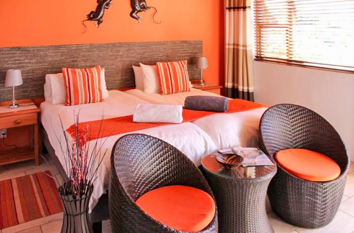 South Luangwa Budget Beaters - Marula Lodge
