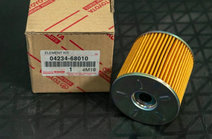 Toyota - Oil Filter with metal cover