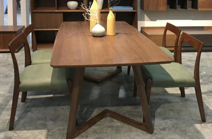 Dining Table with set of Four Chairs - AA65