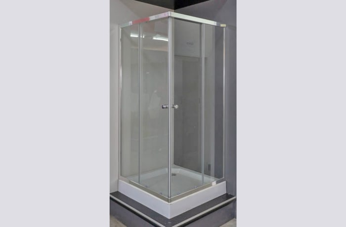 Enclosed Shower Cubicle(2)