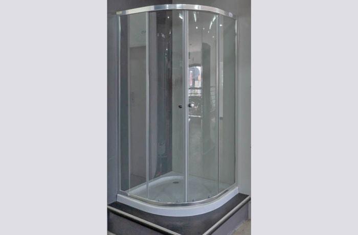 Enclosed Shower Cabin