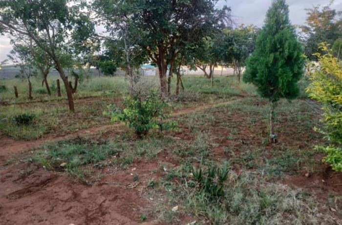 2220 m² vacant land for sale in Leopards Hill