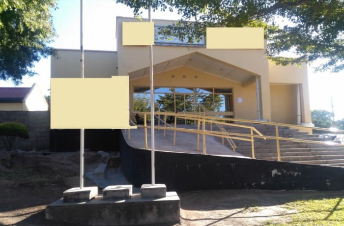 215 m² commercial office for sale in Itezhi-Tezhi (Zambia) image