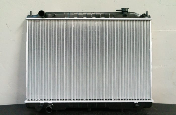 Nissan Hardbody YD25 - Radiator Assembly