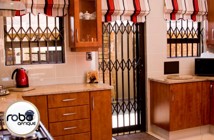 Trellis doors and burglar bars image