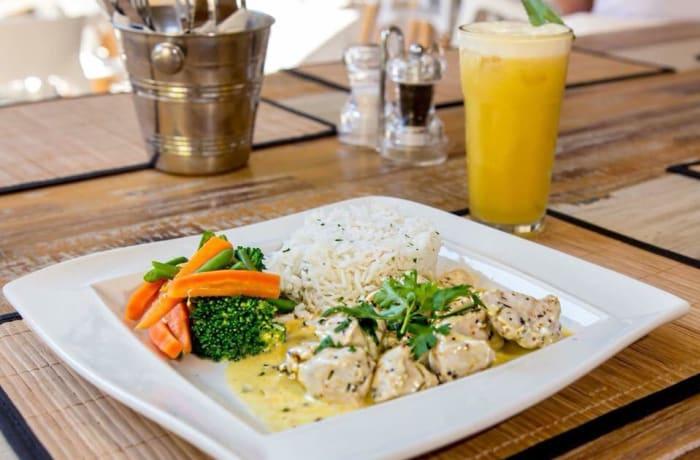 Easy Eats - Rosemary Chicken
