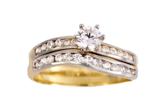 Slant Bridal Set Gold Wedding Ring