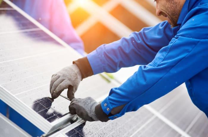 Solar energy consultants image