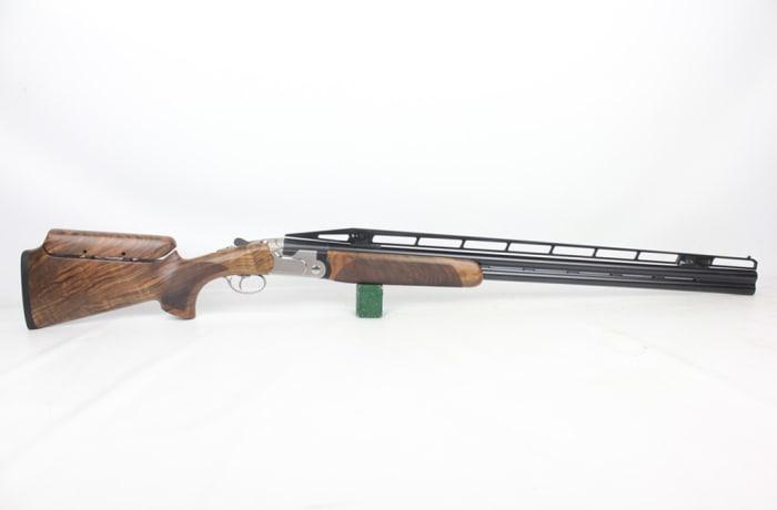 Beretta 692 Trap with extra Barrels 12G 0/4